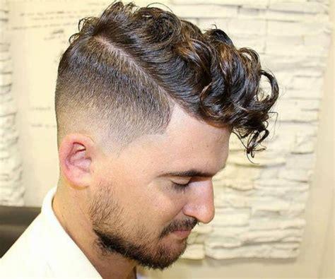 ideas de cortes de pelo rizado hombre en bonitas