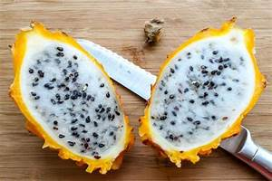 The Rare and Sweetest Dragonfruit: Yellow Dragonfruit ...