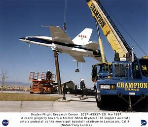 NASA Chase Jets - Pics about space
