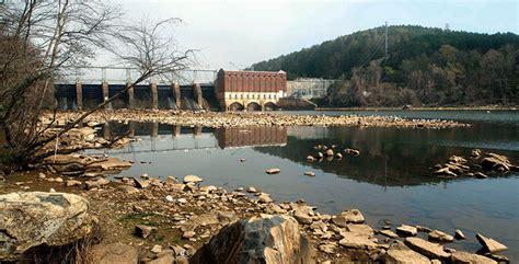 decades  high rock dam  changing yadkin