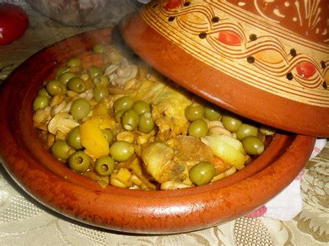 cuisine marocaine poulet aux olives les gourmandizzzz d 39 oumyass tajine de poulet aux olives