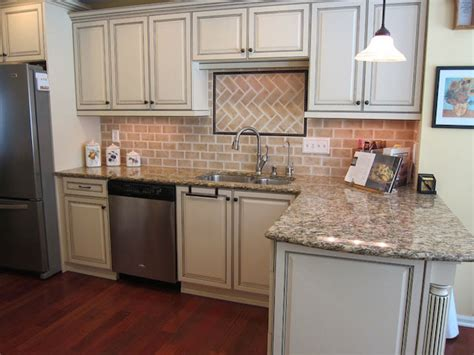 White Brick Backsplash : Whitewashed Brick Backsplash White Kitchen Cabinets