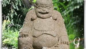 Garten Buddha Frostsicher : lachender buddha kajjali als steinfigur handbehauen ~ Markanthonyermac.com Haus und Dekorationen