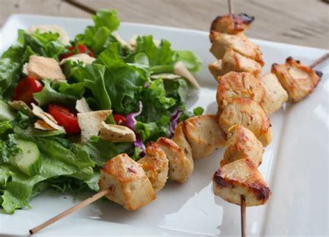 cuisine libanaise facile la recette facile de poulet shish taouk cuisine libanaise