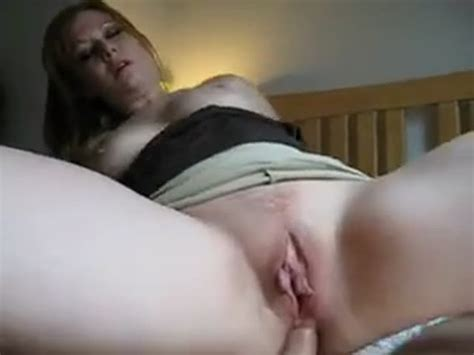 Horny milf cums from anal sex at HomeMoviesTube.com