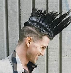 Raie Sur Le Coté Homme : coiffure homme avec un trait sur le c t ~ Melissatoandfro.com Idées de Décoration