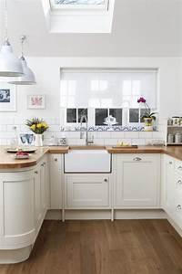 White Kitchen Units Wood Worktop - Interior Design