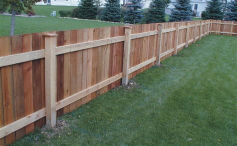 How To Choose The Best Types Of Wooden Fence