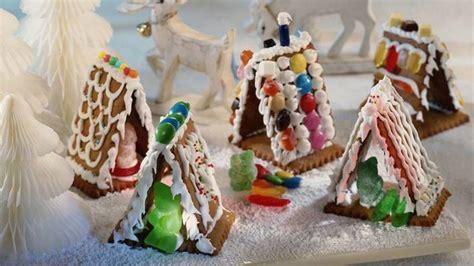 basteln mit frischhaltefolie pfefferkuchenhaus backen pfefferkuchenhaus