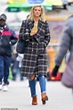 Ben Affleck's ex Lindsay Shookus is spotted out in Nyc ...