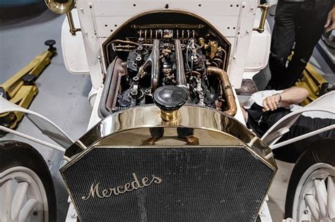 """Mercedes' beginnings stretch back to 1886 and the invention of the internal combustion vehicle. A little history quiz to start off the week: Do you know when the first """"Mercedes was built? # ..."""