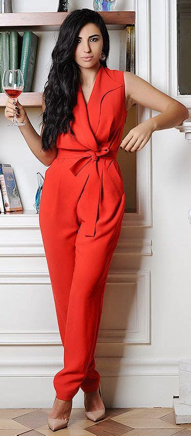 21 Comfy u0026 Stylish Thanksgiving Outfit Ideas | Red jumpsuit Holidays and Clothes