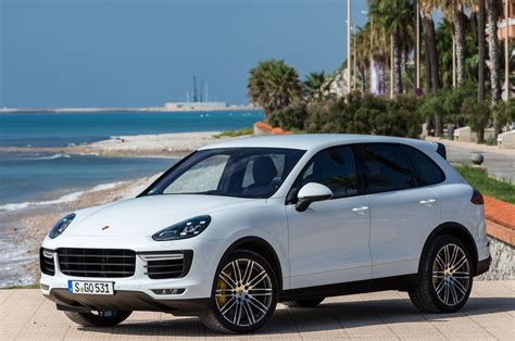 2015 Porsche Cayenne S, Turbo Review