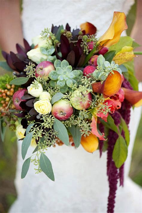 perfectly pretty fall wedding bouquets