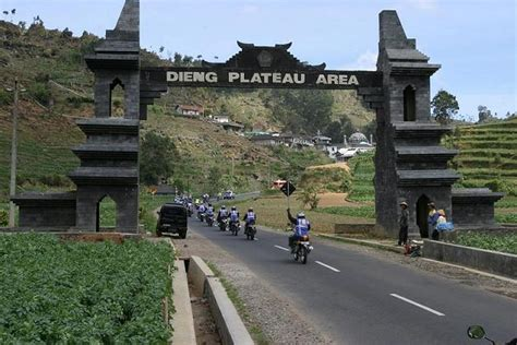 indonesia interesting places dieng plateau