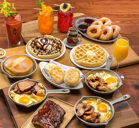 brunch smokey bones