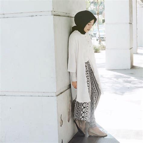 Tips Fashion Hijab Syaru0026#39;i Untuk Pergi ke Kampus | Bababeli