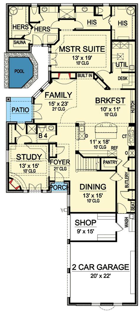 bathrooms tx st floor master suite butler walk  pantry cad