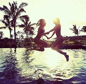 Do this with your sister or your best friend...   Friends ...