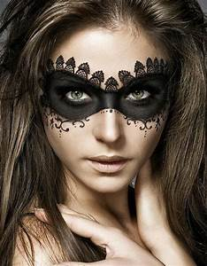 67 Halloween Makeup Ideas to Try This Year  Brit  Co