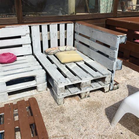 realiser des meubles avec des palettes deco avec des palettes caroline munoz