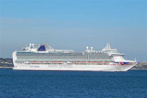 Azura Cruise Ship Photos  Pu0026O Cruises