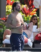Pics Photos - Grohl Da...Dave Grohl Ex Wife