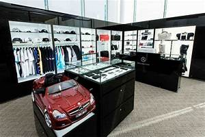Mercedes Accessories Shop : photo news 1st mercedes benz brand shop ~ Kayakingforconservation.com Haus und Dekorationen