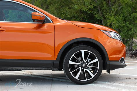 nissan rogue sport sl awd review webcarz