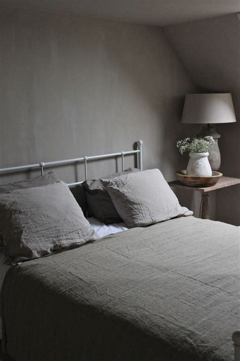 colors for small bedrooms 1000 images about slaapkamer on pinterest grey 14912   feb14912acc311e32b6df4f597e03a12