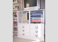 Small Space Organization {Crop In Style} ~ 2paws Designs