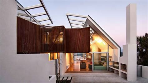 House For A Family In New Zealand by Seaview House A Contemporary House Designed For A Large