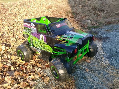 grave digger 30th anniversary monster truck toy wonderful traxxas grave digger parts diagram photos best