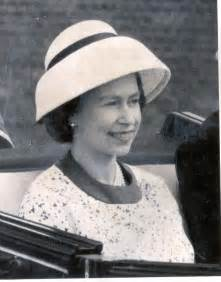 Letter from the Queen to her midwife is unearthed | Daily ...