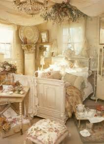 30 shabby chic bedroom decorating ideas decoholic - Shabby Chic Bedroom Ideas