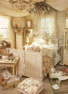 30 shabby chic bedroom decorating ideas decoholic With shabby chic bedroom decorating ideas