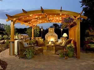 Grill überdachung Holz : outdoor k che mit grill ausgestattet ~ Buech-reservation.com Haus und Dekorationen