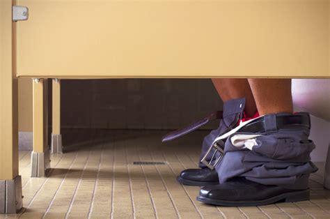 employer punish   bathroom breaks saloncom