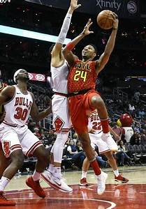 Hawks lose Bazemore for remainder of season with knee injury