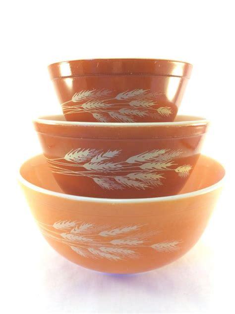 vintage 39 s bowl parade 41 best images about pyrex autumn harvest on