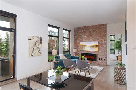exquisite  bedroom waterfront loft apartment  private