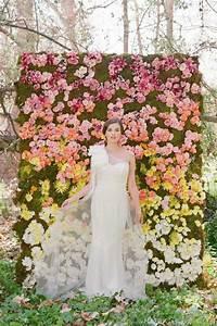 Mur De Fleur Artificielle : 12 mani res de donner du pep 39 s mon mariage avec des fleurs ~ Teatrodelosmanantiales.com Idées de Décoration