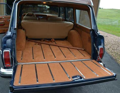 jeep grand wagoneer classic  jeep wagoneer