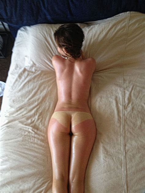 Emily Browning Nude Photos And Videos Thefappening