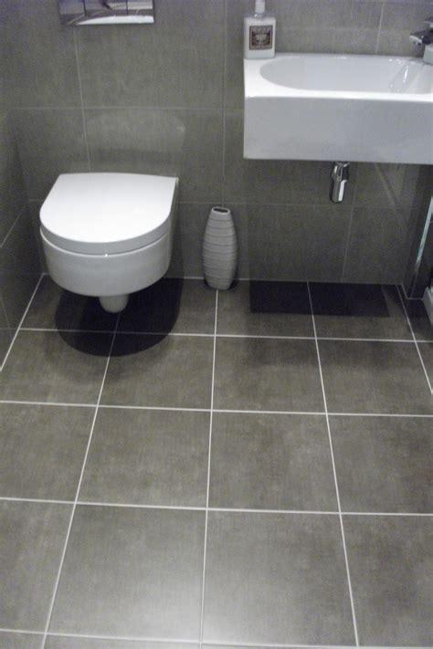grey bathroom tiles ideas grey floor tile bathroom peenmedia com