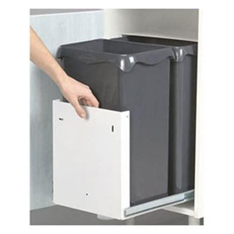 poubelle de cuisine castorama poubelle cuisine castorama idées de décoration et de