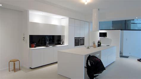 attirant credence cuisine blanc laque 12 cr 233 dence en verre laqu 233 noir absolu atlub