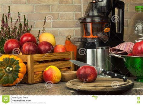 juice kitchen apple fresh juices apples preparing juicer processing autumnal juicing fruit healthy fiber
