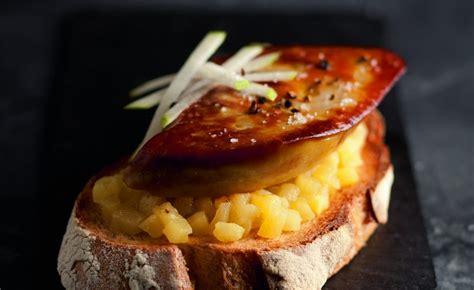 recette cuisine chef tartines de foie gras poêlé aux pommes par alain ducasse