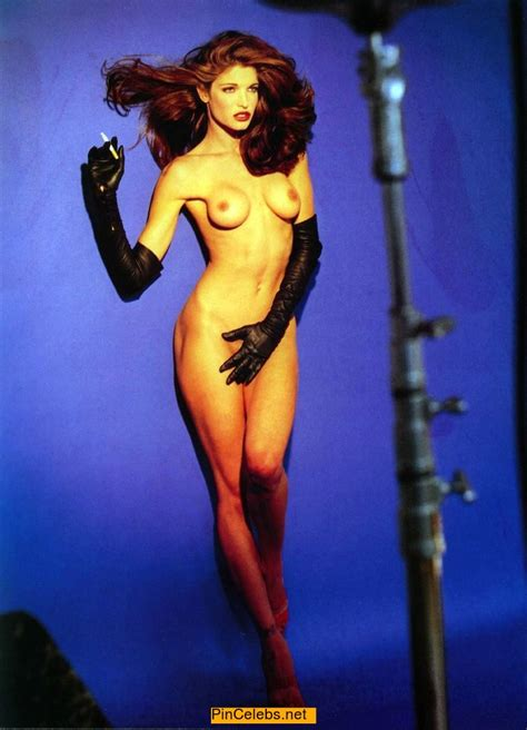 Supermodel Stephanie Seymour Smoking Nude Cover Kcleb